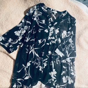 High low bottom down floral blouse